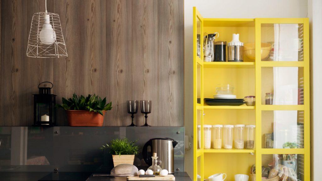 How to Organize an Apartment Kitchen?