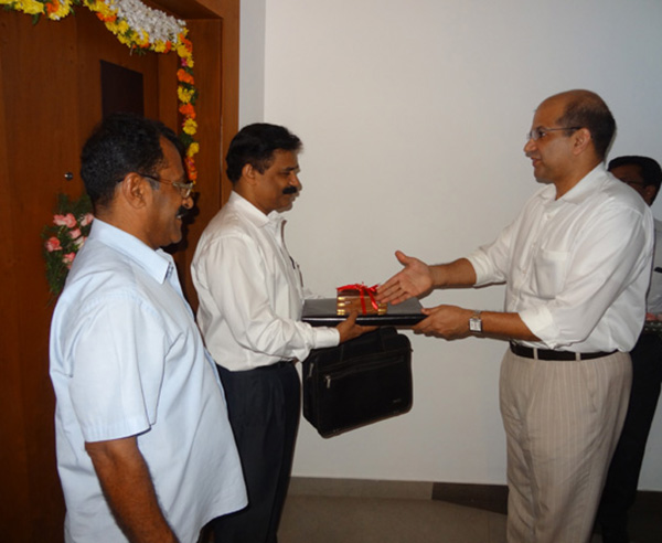 Keys being handed over to Dr.Mohammed Basheer of apartment no. B 2