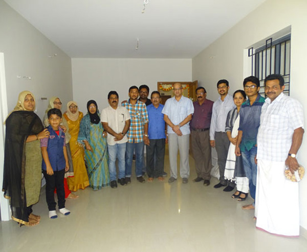 Our team with Mr. Sirajudheen & family of apartment B 2 in Crescent Aster after handing over