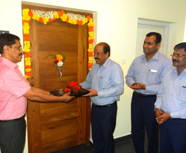 Crescent Iris has been completed before schedule & the keys of apartment B 6 being handed over to Mr.Mohanan by our G M Administration E.Rajan in the presence of our G M Projects K.K Sasidharan & GM Sales & Marketing Savin Monu.