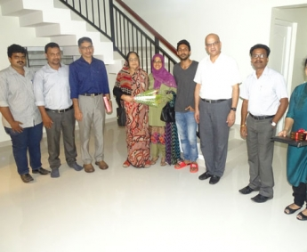 Our team with Mr. Muhammed Shakir Muhammed Kunhi and family of apartment D 9 & 10 in Crescent Tulip after handing over
